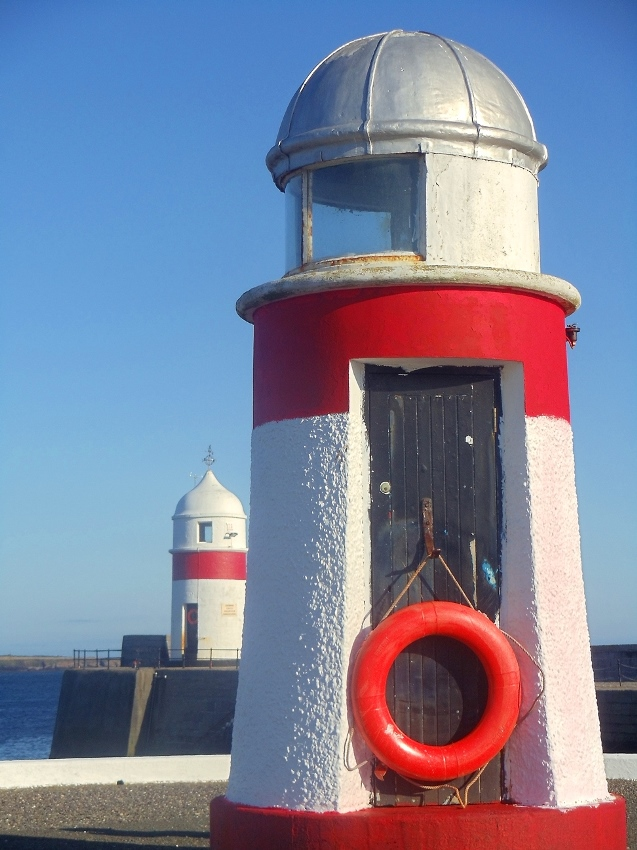castletown harbour lighthouse isle of man