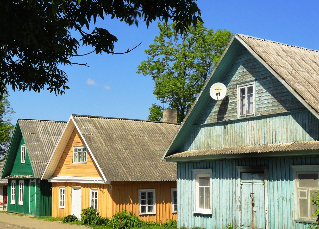 lithuania cottages